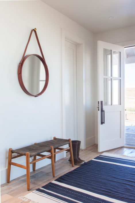Koda Modern Farmhouse entry