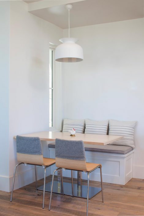 Koda Modern Farmhouse breakfast nook