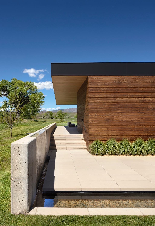 Cornerstone Homes_T House_siding detail