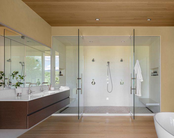 Cornerstone Homes_T House_master bath